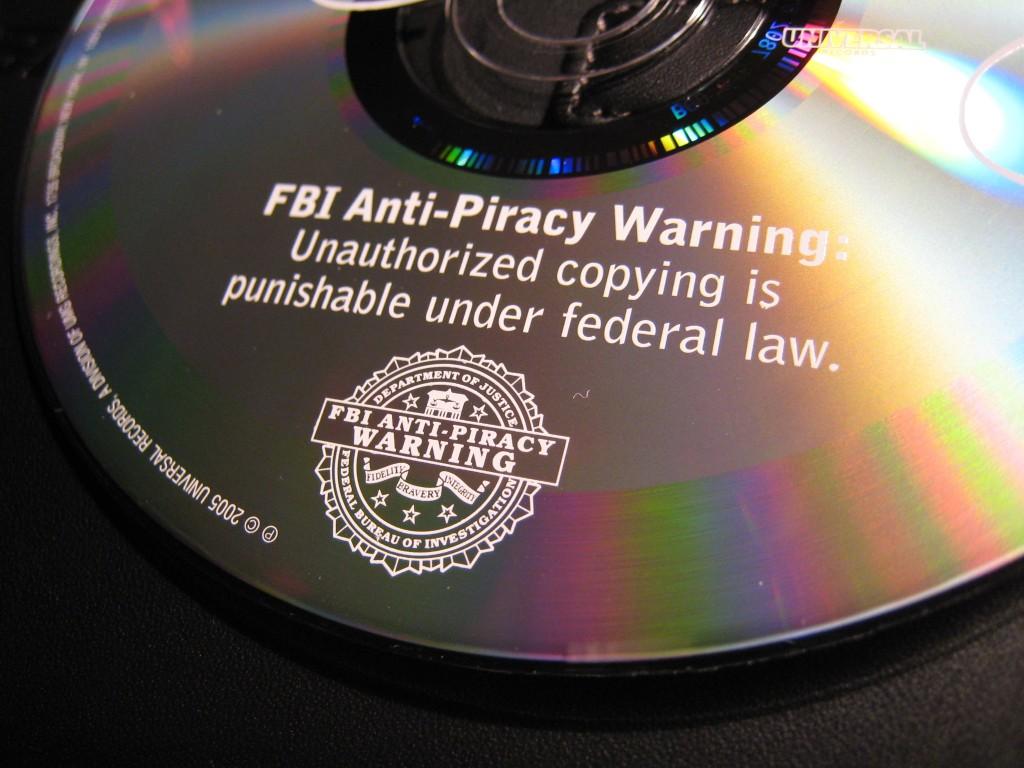 FBI piratería