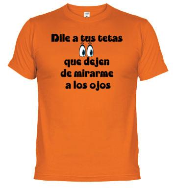 camiseta de tetas